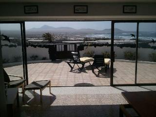Perfect Famara Bungalow rental with Internet Access - Famara vacation rentals