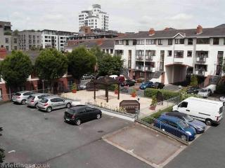 Perfect 2 bedroom Condo in Dublin - Dublin vacation rentals