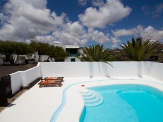 Finca el Parral en La Geria vineyard! - Masdache vacation rentals