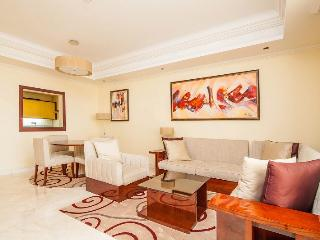 1 BD with free private beach access! Palm Jumeirah - Palm Jumeirah vacation rentals