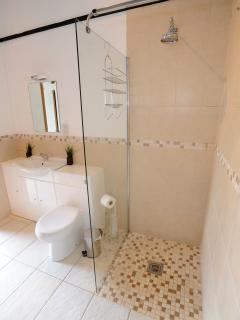 1 bedroom Lodge with Internet Access in Chertsey - Chertsey vacation rentals
