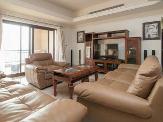 Huge 3 BD Fairmont Residence, Palm Island! - Palm Jumeirah vacation rentals