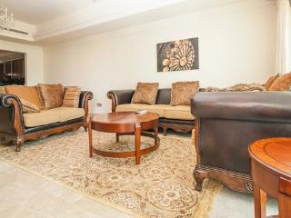 1 BD Classic Style Palm Jumeirah, Fairmont Resort - Palm Jumeirah vacation rentals