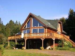 Nice 2 bedroom Rangeley House with Dishwasher - Rangeley vacation rentals