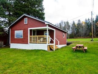 Bright 2 bedroom House in Rangeley - Rangeley vacation rentals