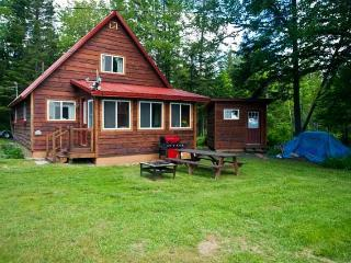 Cozy 3 bedroom House in Oquossoc - Oquossoc vacation rentals