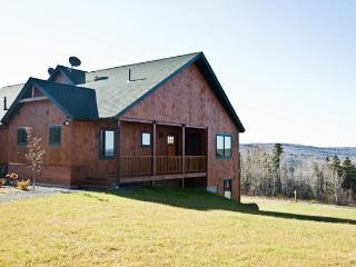 Bright 4 bedroom House in Rangeley - Rangeley vacation rentals