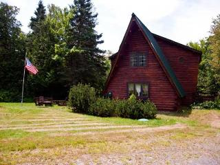 Nice House with Dishwasher and Telephone - Rangeley vacation rentals