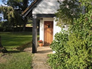 Country Meadow Retreat with Tennis Court - Farnham vacation rentals