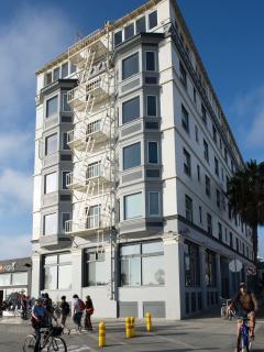 AIR Venice 'HIP Beachfront Living' - Los Angeles vacation rentals