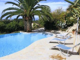 Villa Graziosa (n2 .studios meubles) - Cagnes-sur-Mer vacation rentals