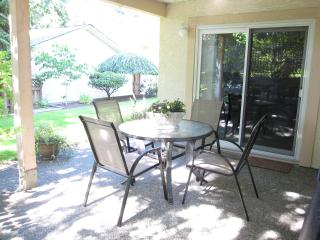 5 Star Reviews! Close to RRU - Victoria vacation rentals