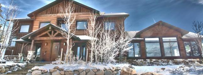 Oso's Overlook in winter on your own 7 acres - 7 B/7.5 BA Winter Park Amazing views, Reunions - Winter Park - rentals