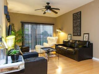 Spacious Townhome Loft Historic NoDa Art District - Charlotte vacation rentals