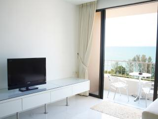 Home-Suites –  Amazing Oceanfront, Penang - Batu Ferringhi vacation rentals