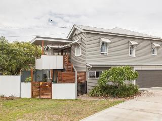Lone Pine Lodgings - Brisbane vacation rentals