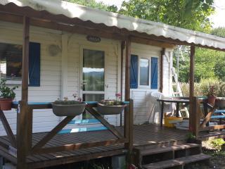 Mobilhome IRM climatisé  tout confort en Ariège - Montsegur vacation rentals