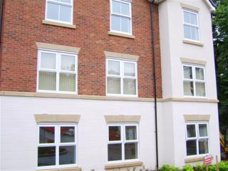 My-Places Worsley Serviced Apartment. - Salford vacation rentals