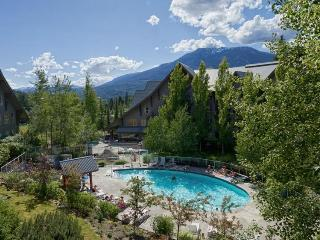Bob and Katie Nowlin - Whistler vacation rentals