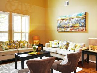 Luxury Townhome in The Woodlands - The Woodlands vacation rentals