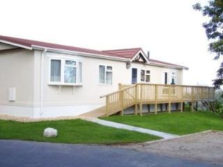 Beautiful 3 bedroom Vacation Rental in Manorbier - Manorbier vacation rentals