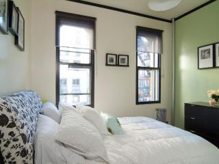 Renovated 1BR~Prime Upper east~Subway~Central Park - New York City vacation rentals
