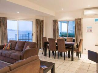 Anchorage Holiday Apartment - Port Lincoln - Port Lincoln vacation rentals