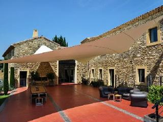 Provencal Farmhouse, Le Mas de So with Heated Swimming Pool, Sauna, Tennis Court - Languedoc-Roussillon vacation rentals