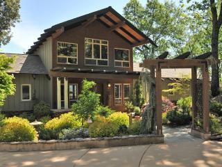 Stunning retreat overlooking the Sierras - Grass Valley vacation rentals