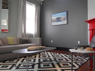 DOWNTOWN Historic + Modern Cottage - Charleston vacation rentals