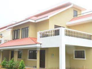 Beautiful Villa with A/C and Cleaning Service - Arpora vacation rentals