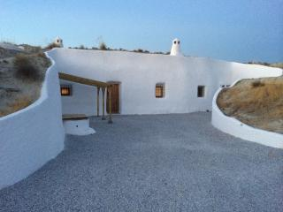 Perfect 3 bedroom Cave house in Baza - Baza vacation rentals