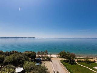 Villa Mirella, Zadar - apartment for 4-6 person - Zadar County vacation rentals