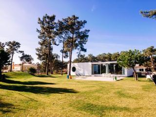 Aroeira Golf Resort Villa - Sao Bras de Alportel vacation rentals