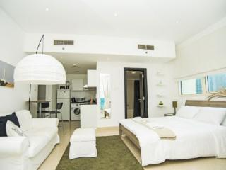 89118 - Yatch Bay - Emirate of Dubai vacation rentals