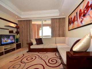 98416 - Grandeur Residence - Emirate of Dubai vacation rentals