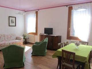 Appartamento famiglia in Villa Veneta con piscina - Vigonza vacation rentals