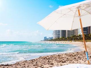 Perfect Condo with Internet Access and Dishwasher - Bal Harbour vacation rentals
