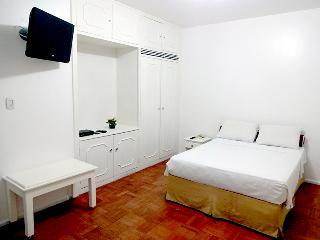 Adorable 12 bedroom Santarem Resort with Internet Access - Santarem vacation rentals