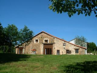 Charming 3 bedroom House in Cheronnac with Satellite Or Cable TV - Cheronnac vacation rentals