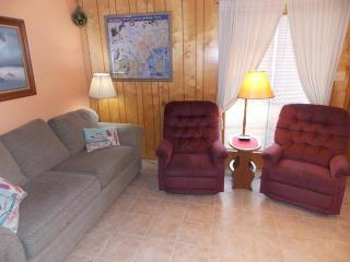 Island Time - well maintained 1 bedroom condo - Port Aransas vacation rentals