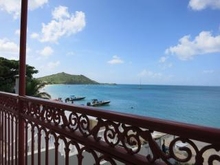 Beachfront Grand-Case upscale and renovated Condo - Saint Martin vacation rentals