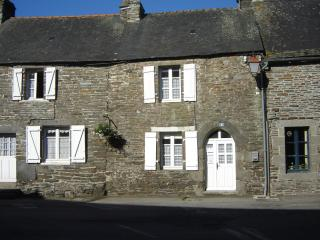 1 bedroom Cottage with Internet Access in Gouarec - Gouarec vacation rentals
