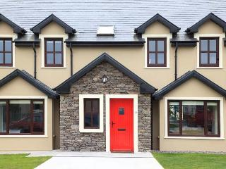 Glór na hAbhann Luxury Holiday Home Dingle - Dingle vacation rentals