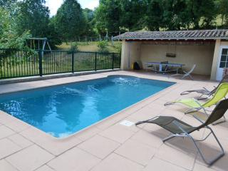 SW FRANCE - Farmhouse Cottage with Private pool - Eymet vacation rentals
