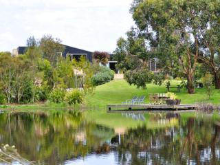 THE LAKE HOUSE - Inverloch vacation rentals