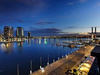 NEWQUAY MARINA APARTMENT - Melbourne vacation rentals