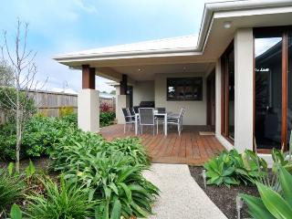 ANNIE'S BEACH HOUSE - Inverloch vacation rentals