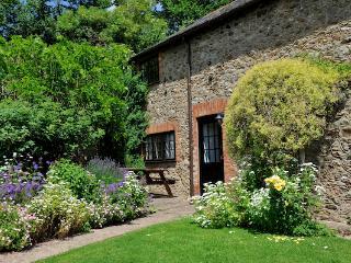 Charming 3 bedroom Cottage in Sidbury - Sidbury vacation rentals