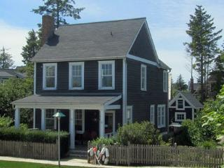 Artist`s Cottage - Ocean Shores vacation rentals
